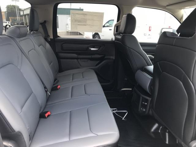 2019 Ram 1500 Crew Cab 4x2, Pickup #D190264 - photo 30
