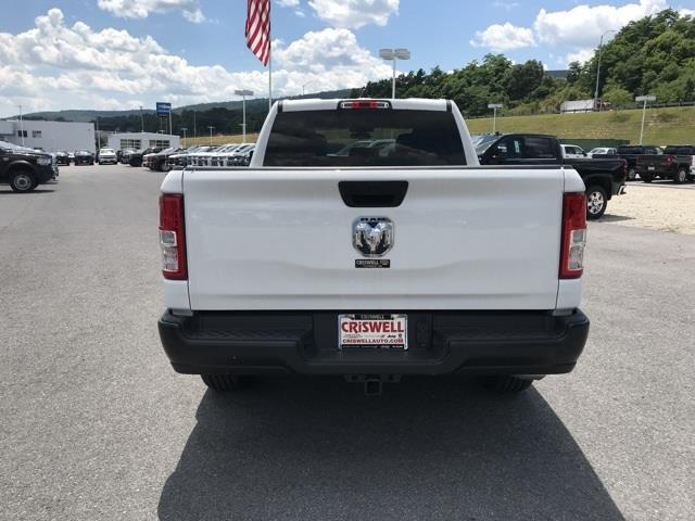 2019 Ram 1500 Crew Cab 4x2, Pickup #D190264 - photo 6