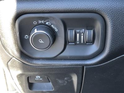 2019 Ram 1500 Crew Cab 4x2, Pickup #D190264 - photo 35