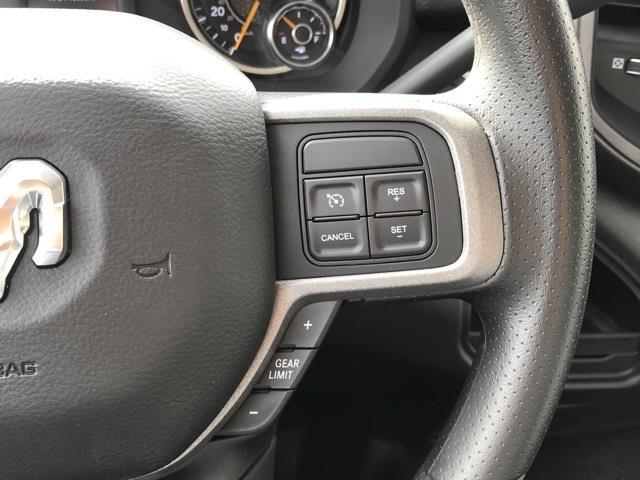 2019 Ram 4500 Regular Cab DRW 4x2, Platform Body #D190443 - photo 14