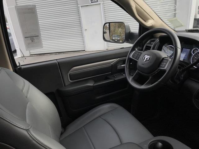 2019 Ram 4500 Regular Cab DRW 4x2, Platform Body #D190443 - photo 24