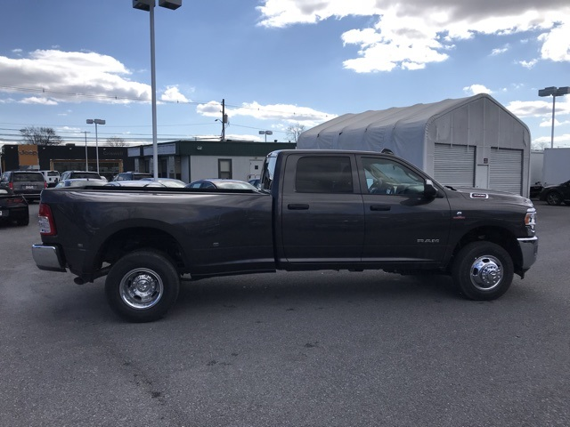 2019 Ram 3500 Crew Cab DRW 4x4, Pickup #D190608 - photo 8