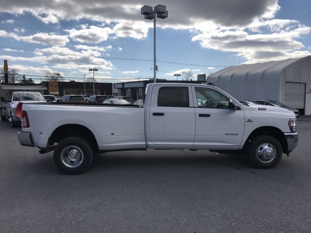 2019 Ram 3500 Crew Cab DRW 4x4, Pickup #D190622 - photo 8