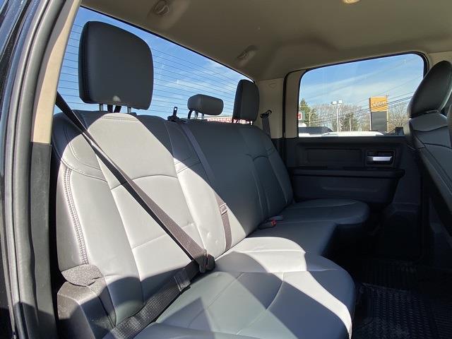 2019 Ram 4500 Crew Cab DRW 4x4, Cab Chassis #D190632 - photo 33