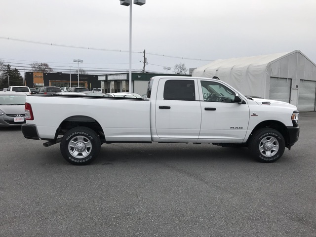 2019 Ram 3500 Crew Cab 4x4, Pickup #D190638 - photo 8