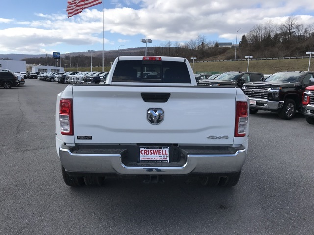 2019 Ram 3500 Crew Cab DRW 4x4, Pickup #D190644 - photo 6