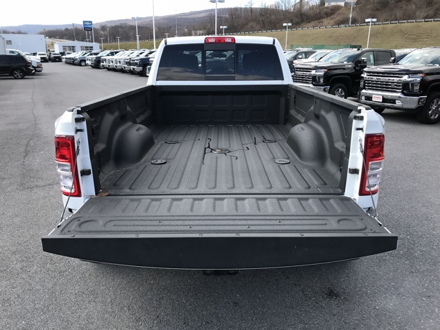 2019 Ram 3500 Crew Cab DRW 4x4, Pickup #D190644 - photo 7