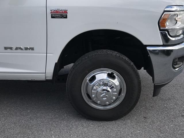 2019 Ram 3500 Regular Cab DRW 4x2, Cab Chassis #D190648 - photo 14