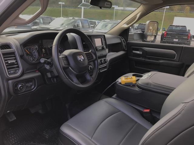 2019 Ram 3500 Regular Cab DRW 4x2, Cab Chassis #D190648 - photo 19