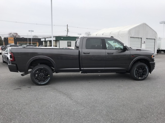 2020 Ram 3500 Crew Cab 4x4, Pickup #D200317 - photo 8