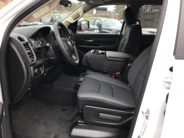 2020 Ram 1500 Quad Cab 4x4, Pickup #D200367 - photo 17