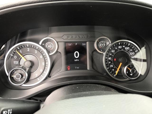 2020 Ram 1500 Quad Cab 4x4, Pickup #D200367 - photo 18