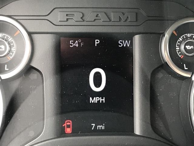 2020 Ram 1500 Quad Cab 4x4, Pickup #D200367 - photo 3