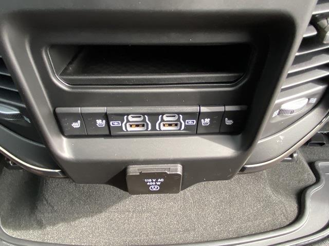 2021 Ram 1500 Crew Cab 4x4, Pickup #D210755 - photo 25