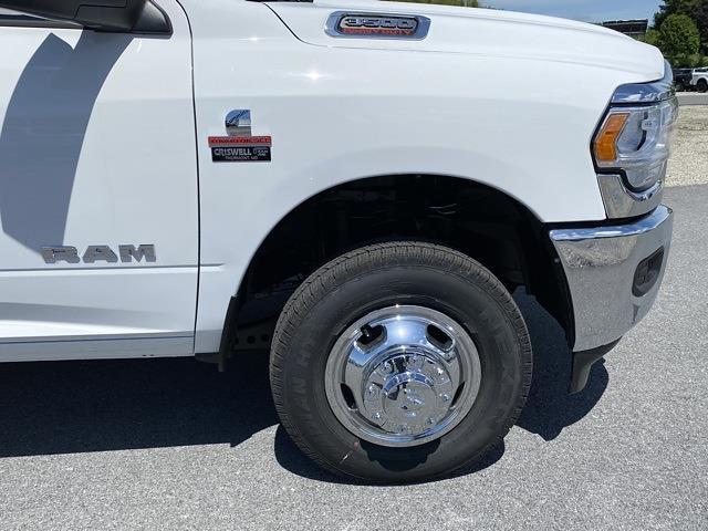 2021 Ram 3500 Crew Cab DRW 4x4, CM Truck Beds Platform Body #D210779 - photo 9