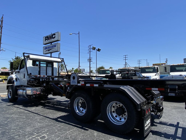 2020 International HV 6x4, Amrep Roll-Off Body #N866786 - photo 1