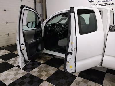 2018 Toyota Tacoma Extra Cab 4x2, Pickup #CP3649 - photo 9