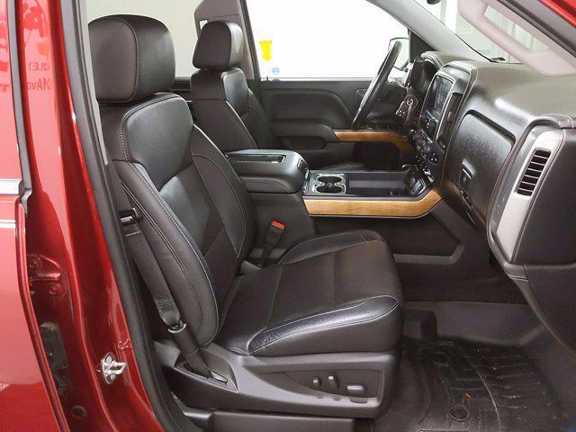 2018 Chevrolet Silverado 1500 Crew Cab 4x4, Pickup #CP3772A - photo 16