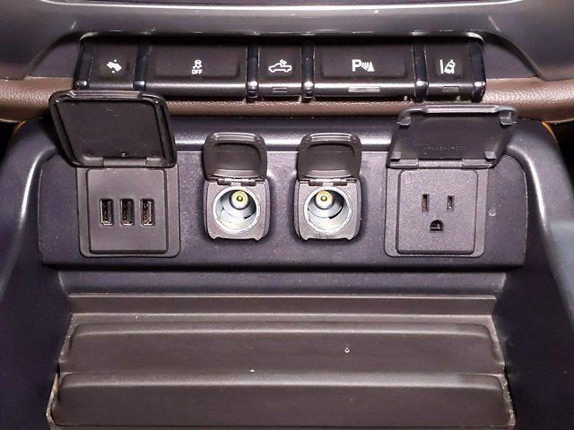 2014 Chevrolet Silverado 1500 Crew Cab 4x4, Pickup #CP3795 - photo 22