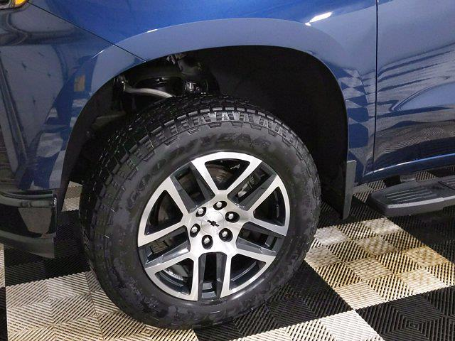 2019 Chevrolet Silverado 1500 Crew Cab 4x4, Pickup #CP3806 - photo 10