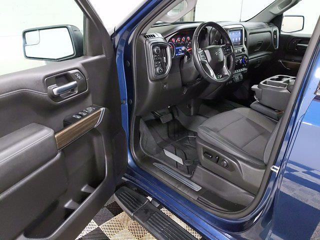2019 Chevrolet Silverado 1500 Crew Cab 4x4, Pickup #CP3806 - photo 13