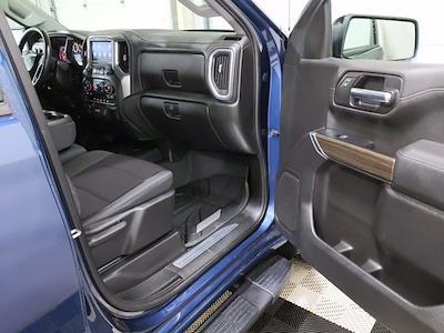 2019 Chevrolet Silverado 1500 Crew Cab 4x4, Pickup #CP3806 - photo 15