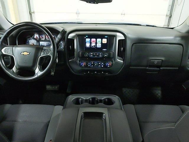 2015 Chevrolet Silverado 1500 Crew Cab 4x4, Pickup #CP3810 - photo 14
