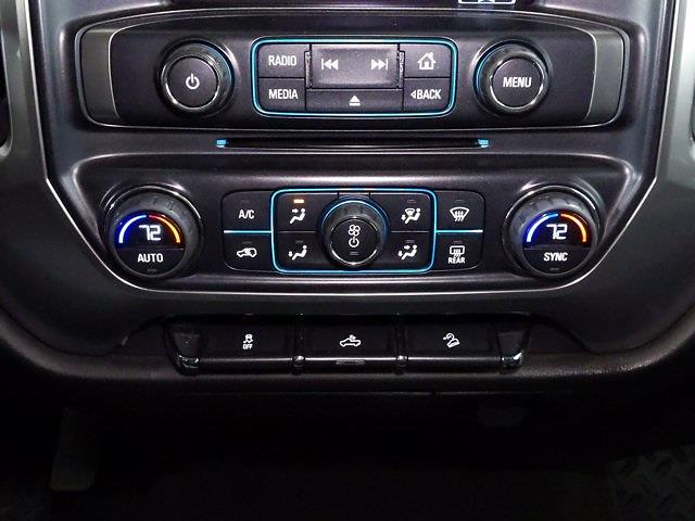 2015 Chevrolet Silverado 1500 Crew Cab 4x4, Pickup #CP3810 - photo 24