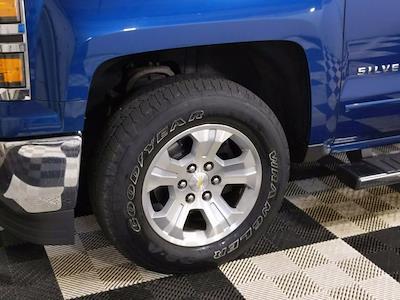 2015 Chevrolet Silverado 1500 Crew Cab 4x4, Pickup #CP3810 - photo 10