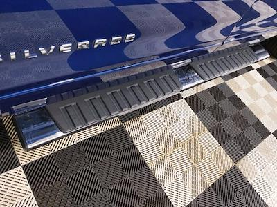 2015 Chevrolet Silverado 1500 Crew Cab 4x4, Pickup #CP3810 - photo 11