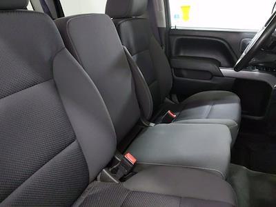 2015 Chevrolet Silverado 1500 Crew Cab 4x4, Pickup #CP3810 - photo 17