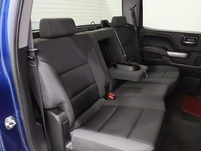2015 Chevrolet Silverado 1500 Crew Cab 4x4, Pickup #CP3810 - photo 18