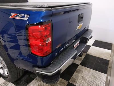 2015 Chevrolet Silverado 1500 Crew Cab 4x4, Pickup #CP3810 - photo 4