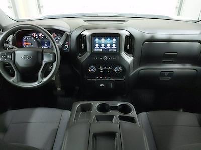 2019 Chevrolet Silverado 1500 Crew Cab 4x4, Pickup #CP3826 - photo 10