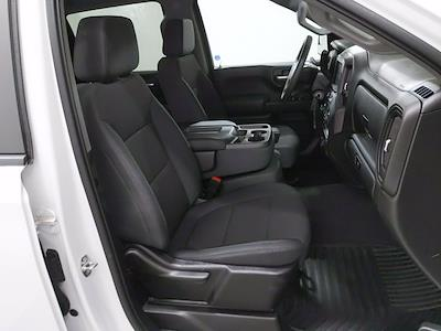 2019 Chevrolet Silverado 1500 Crew Cab 4x4, Pickup #CP3826 - photo 12