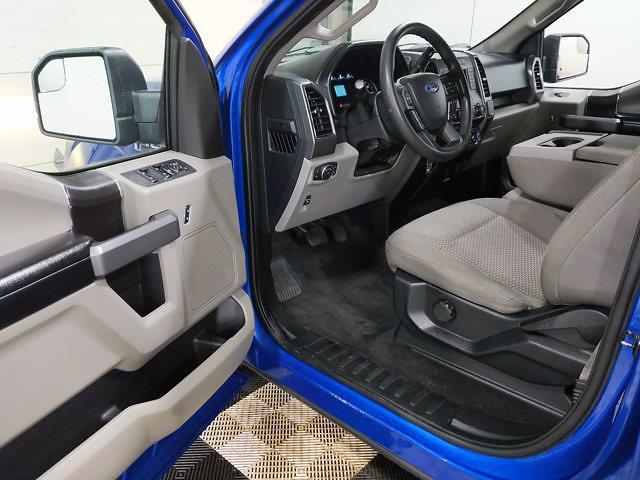 2018 Ford F-150 SuperCrew Cab 4x4, Pickup #CP3840 - photo 12