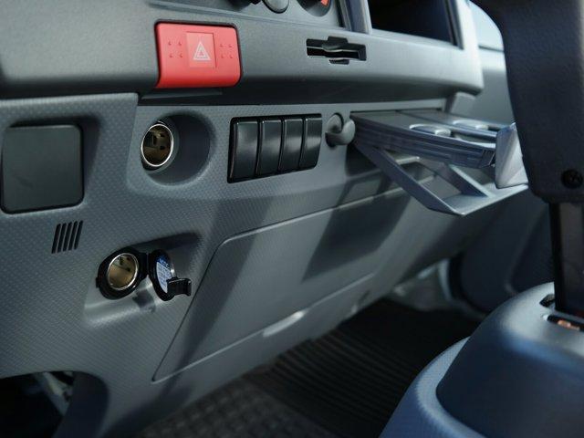 2018 Chevrolet LCF 4500 Regular Cab RWD, Supreme Signature Van Dry Freight #JS810015 - photo 22