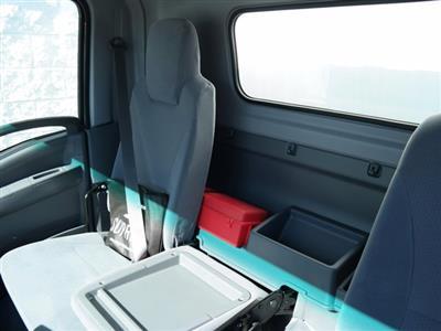 2018 Chevrolet LCF 4500 Regular Cab RWD, Supreme Signature Van Dry Freight #JS810015 - photo 16