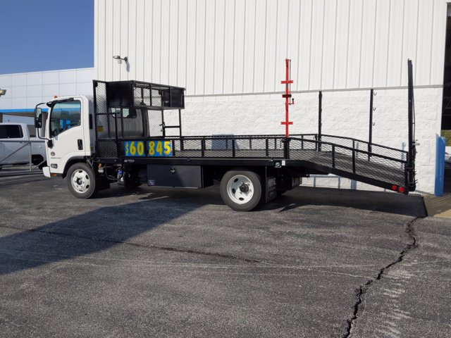 2020 Chevrolet LCF 4500XD Regular Cab DRW 4x2, Wil-Ro Standard Dovetail Landscape #L7K02426 - photo 2