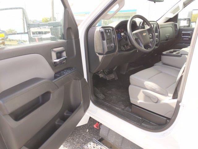 2020 Chevrolet Silverado Medium Duty Crew Cab DRW RWD, Knapheide Concrete Concrete Body #LH617533 - photo 20