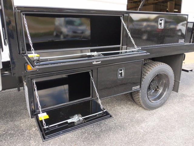 2020 Chevrolet Silverado Medium Duty Crew Cab DRW RWD, Knapheide Concrete Concrete Body #LH617533 - photo 9