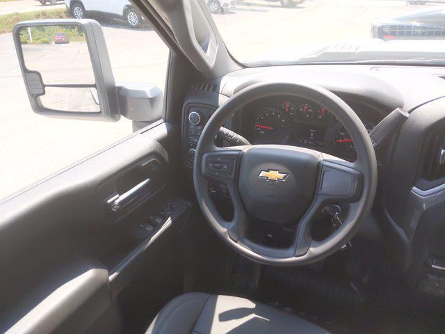 2021 Chevrolet Silverado 2500 Double Cab 4x4, Cab Chassis #MF286101 - photo 21