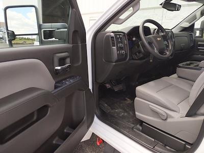 2021 Silverado 5500 Crew Cab DRW 4x4,  Cab Chassis #MH363631 - photo 11