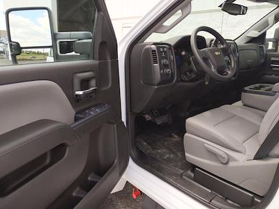 2021 Chevrolet Silverado 5500 Crew Cab DRW 4x4, Cab Chassis #MH363632 - photo 11