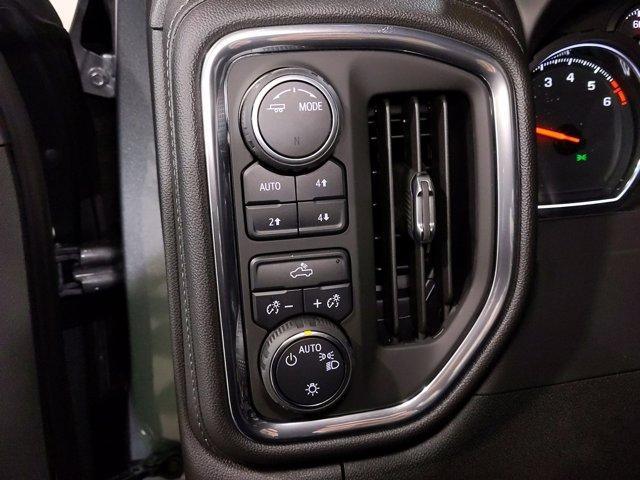 2021 Chevrolet Silverado 1500 Crew Cab 4x4, Pickup #MZ162567 - photo 20