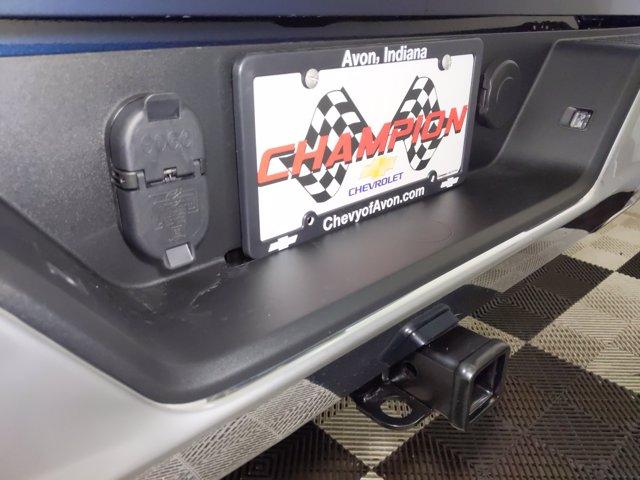 2021 Chevrolet Silverado 1500 Double Cab 4x4, Pickup #MZ178354 - photo 8