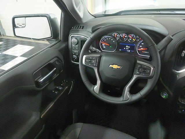 2021 Chevrolet Silverado 1500 Crew Cab 4x4, Pickup #MZ379038 - photo 18