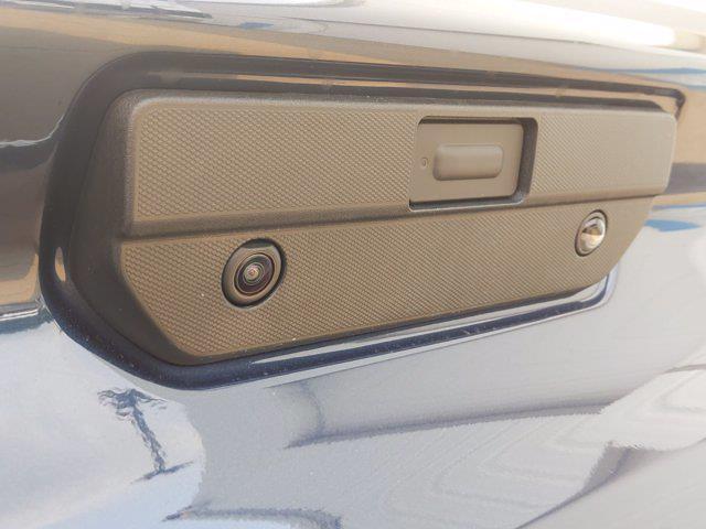 2021 Chevrolet Silverado 1500 Crew Cab 4x4, Pickup #MZ379936 - photo 5