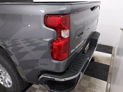 2021 Chevrolet Silverado 1500 Crew Cab 4x4, Pickup #MZ389202 - photo 4