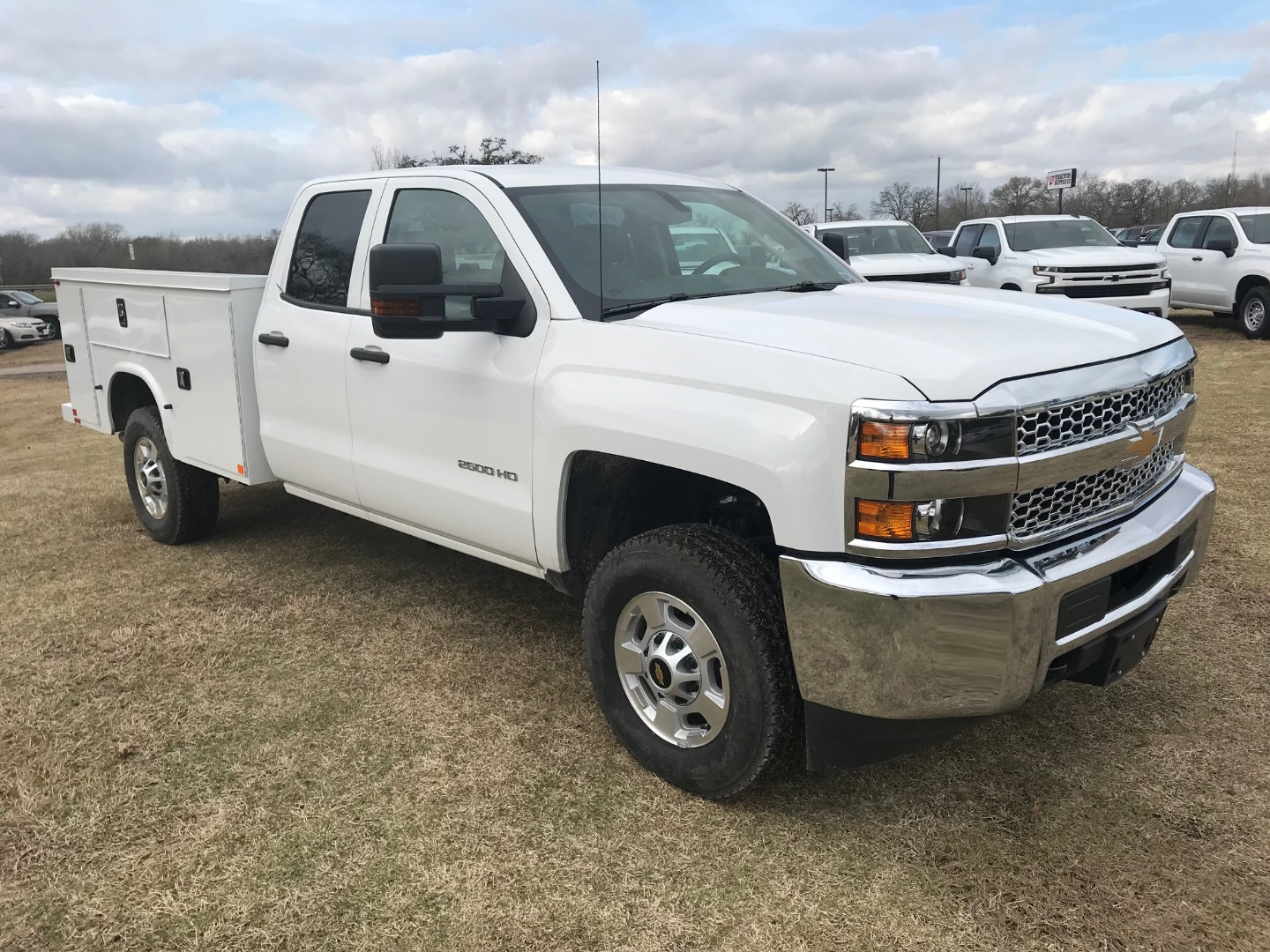 2019 Silverado 2500 Double Cab 4x4,  Knapheide Service Body #130634F - photo 11